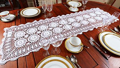 crochet table runners, crochet white table runners
