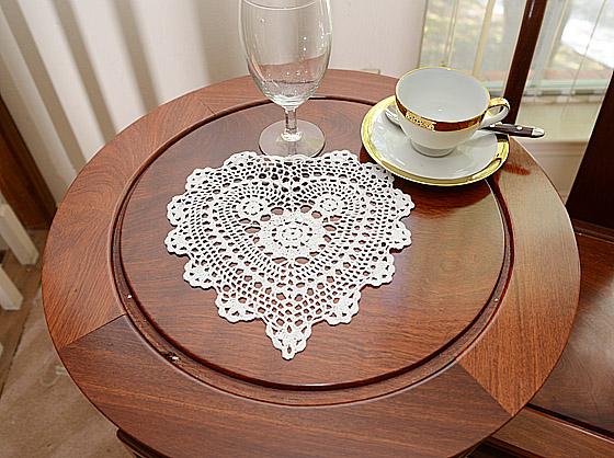 crochet hearts 10 inches, white