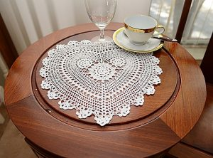"crochet heart 13"" white color"