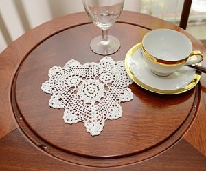 "crochet heart, crochet heart doilies 8"" White color"