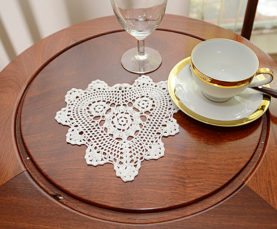 "crochet heart, crochet heart doilies 8"" White color"