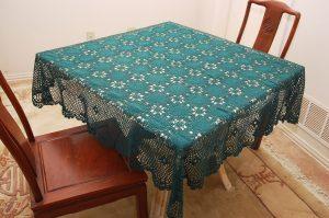 crochet square tablecloths. hunter green color.