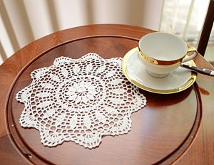 crochet round doily, crochet 12 inches, crcoeht doily white color