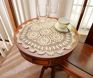 crochet round placemats, crochet lace, crochet 18 in.round.