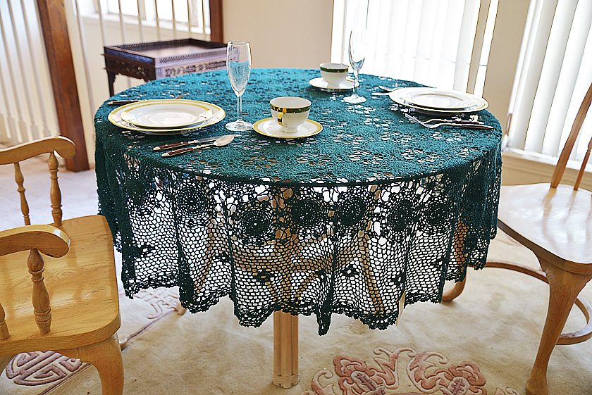 Festive Every Green color crochet round tablecloth